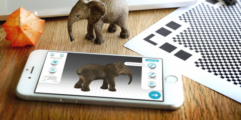 qlone scanning an elephant 3d model