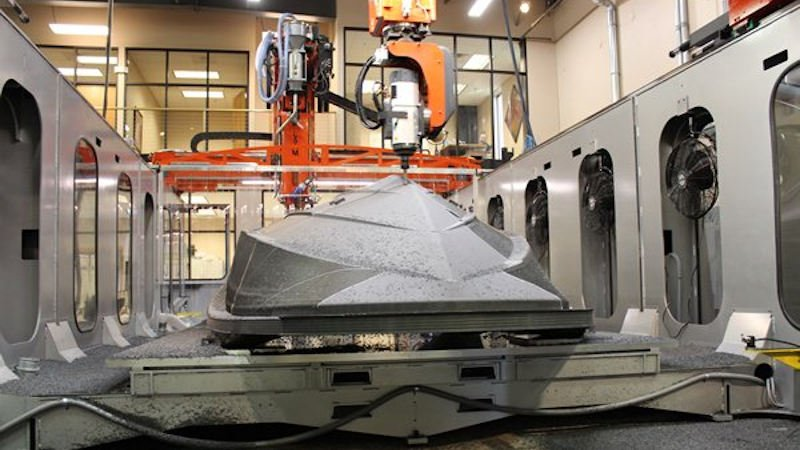 lsam 3d printing a boat thermwood