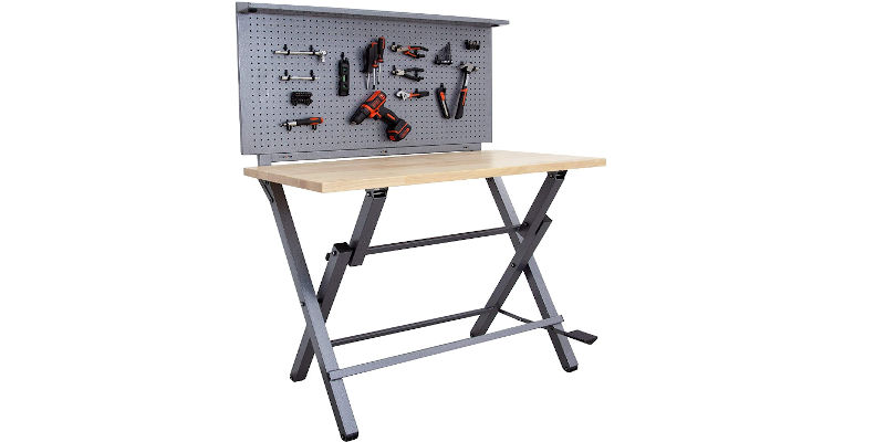 3D printer table with pegboard